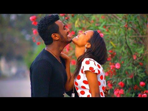 Robel Tesema - Konjo Lij | ቆንጆ ልጅ - New Ethiopian Music 2017 (Official Video)